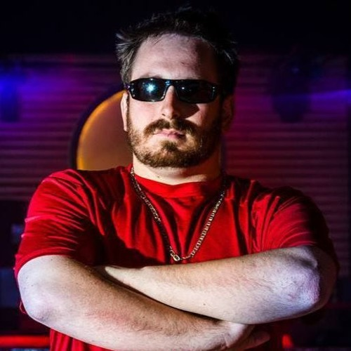 Red Shirt Mike's avatar
