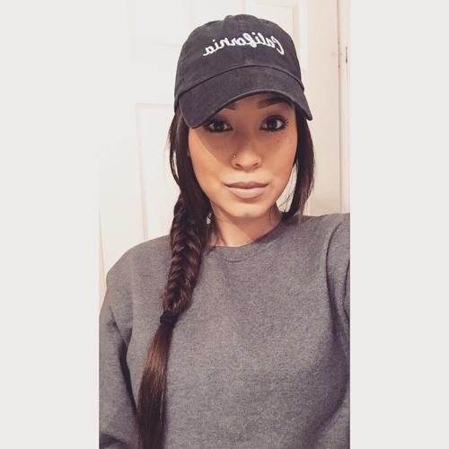 BB`ELLE's avatar