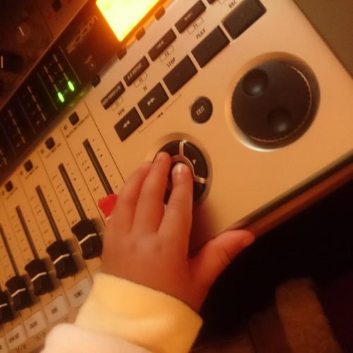 Anna Records's avatar