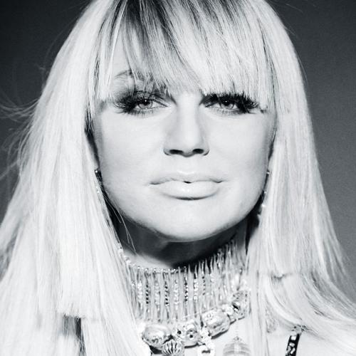 Оксана Vояж's avatar