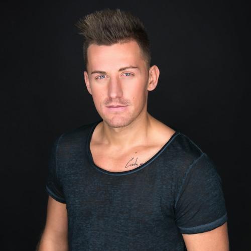 Andrew Junior's avatar