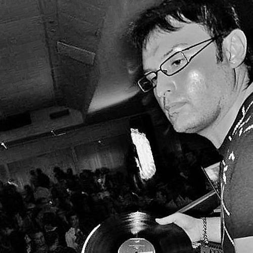 Simon Pagliari®'s avatar