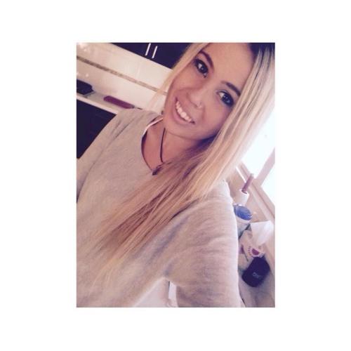 Keely Wareham's avatar