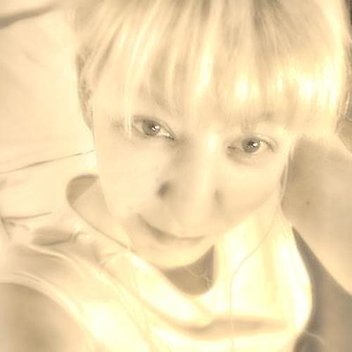 Quirly-Aktiv's avatar