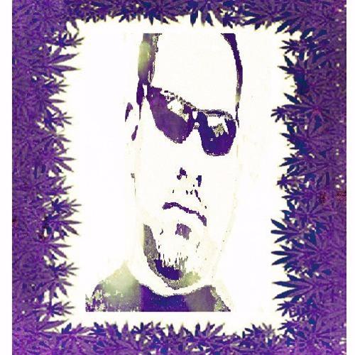 R3B3L✪MVSIC's avatar