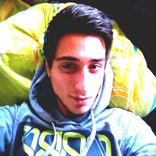 Dominik Nazizi's avatar