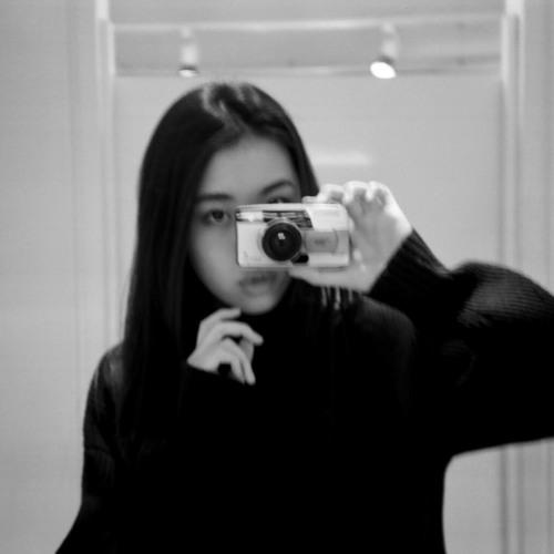 zoe.suen's avatar