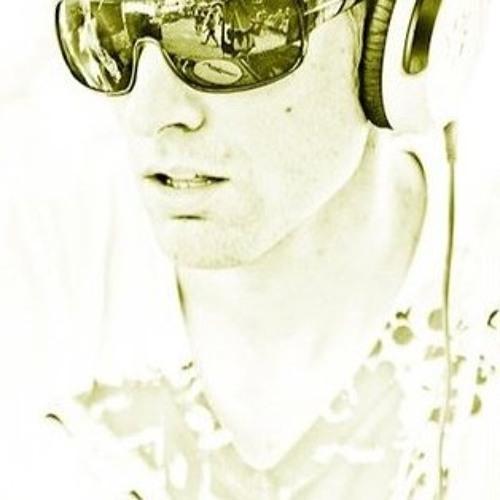 Ross D Remixes's avatar