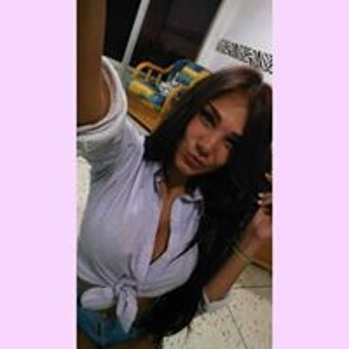 Andrea Miranda's avatar