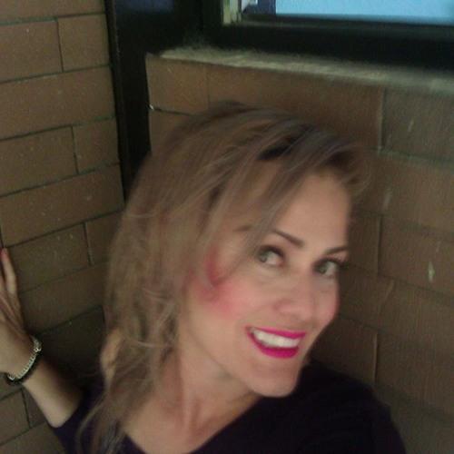 Lipstick..FEMME's avatar