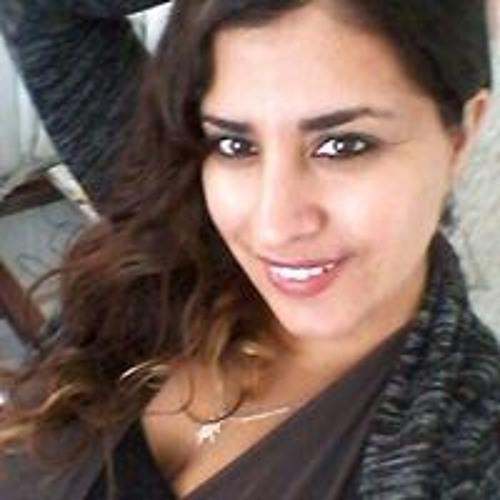 Julie Del C Henriquez's avatar