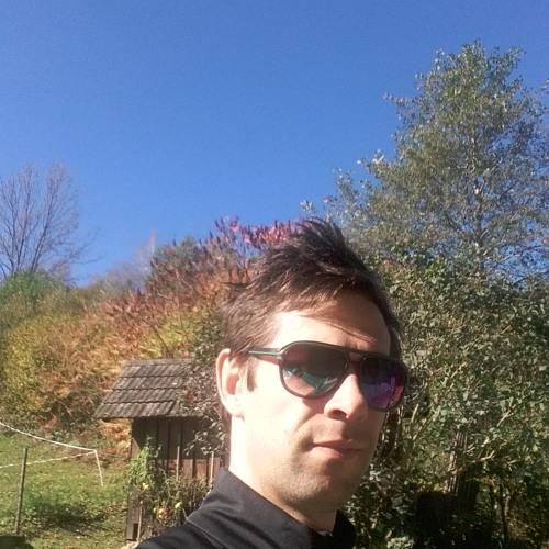 Alesh Tone's avatar