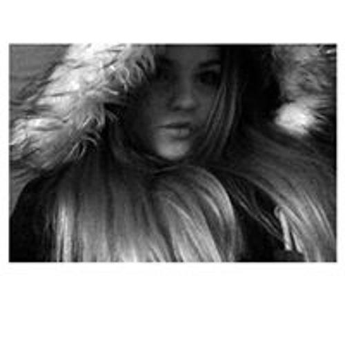 Leah Thompson's avatar