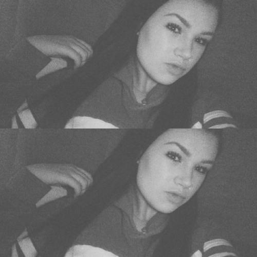 Lexii Lyric's avatar