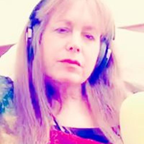 Susie Traxx's avatar