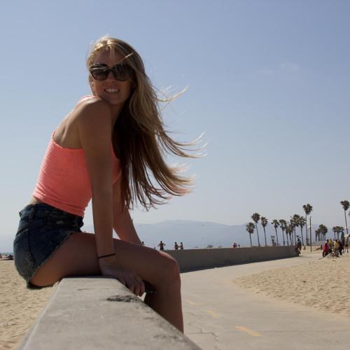 Lindsey Juniper's avatar
