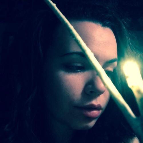 Lisa Alves 3's avatar
