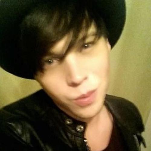 rileyjames's avatar