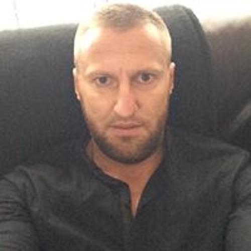 Ruslan Pavlov's avatar