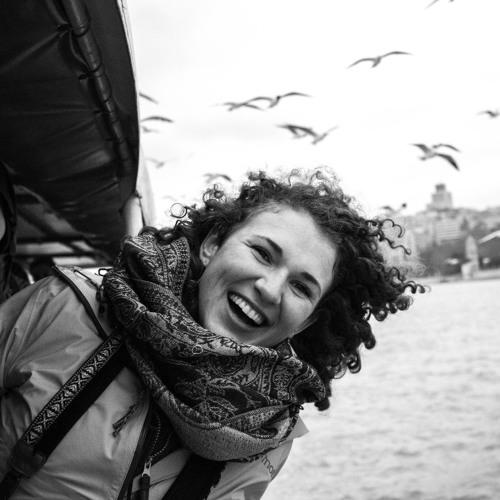 Lana Strathearn's avatar