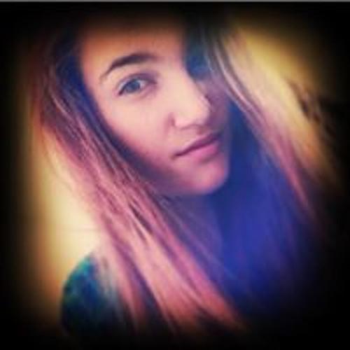 Maddie Rowe's avatar