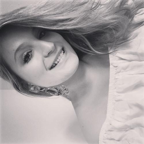 Bruna Lonardoni's avatar