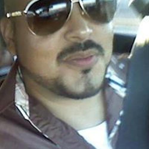 Ricardo F Cortes's avatar