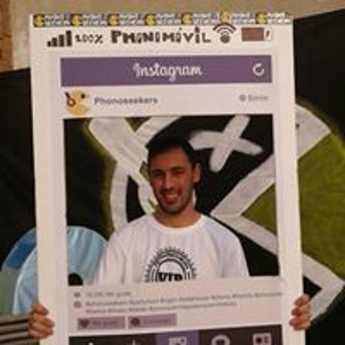 Yassine Guelai Claros's avatar