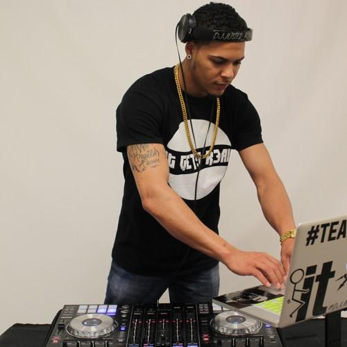 DJ Just2_R3al's avatar