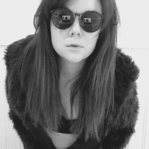Claudia klo's avatar