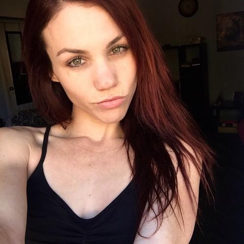 Connie Cherie's avatar