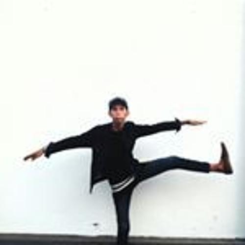 Rovik R.'s avatar
