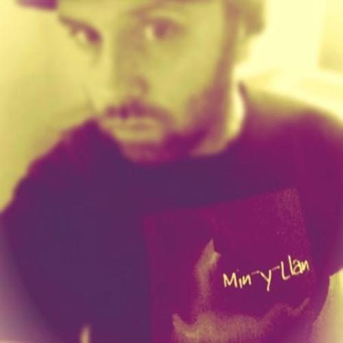 Min-Y-Llan's avatar
