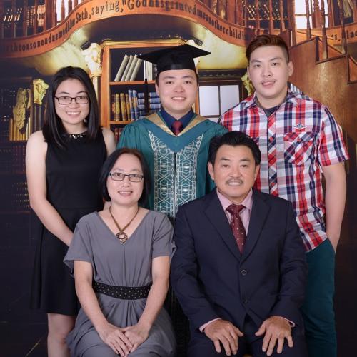 Fhong Ng's avatar