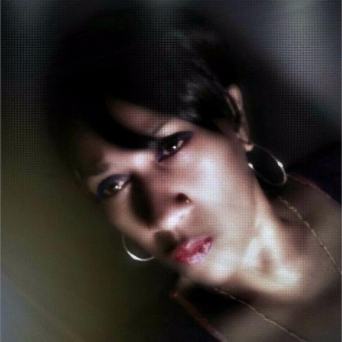 Michelle Robinson 13's avatar