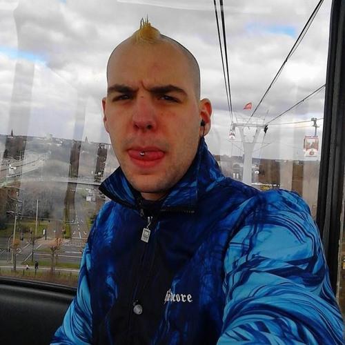 Chris Van Geschädigt's avatar