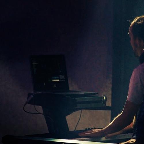 Johnny Saul's avatar