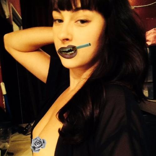 Emma Noelle's avatar
