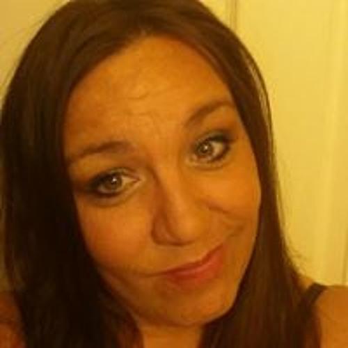 Carrie Woodward's avatar