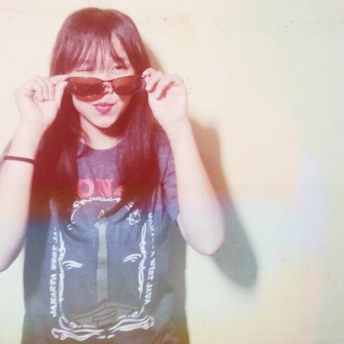 Irena Mutia's avatar