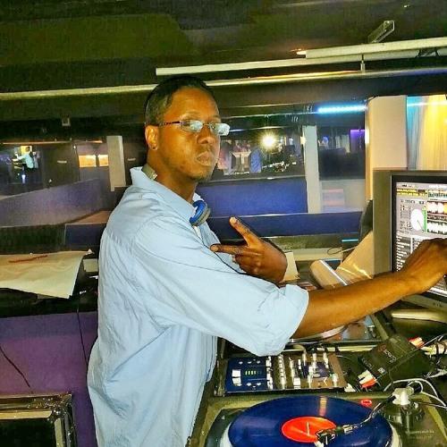 DJ 25/8's avatar
