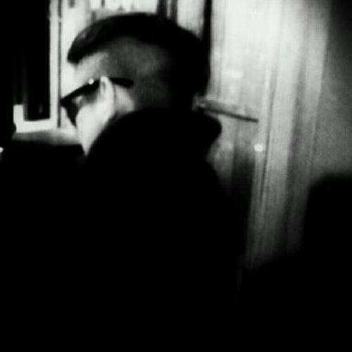 Carll Leon's avatar