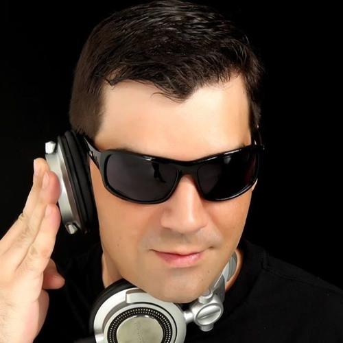 TONY GIMENEZ's avatar