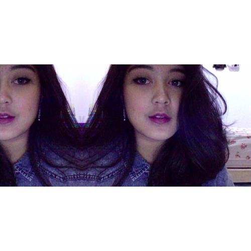 Pelangi Wardhani's avatar