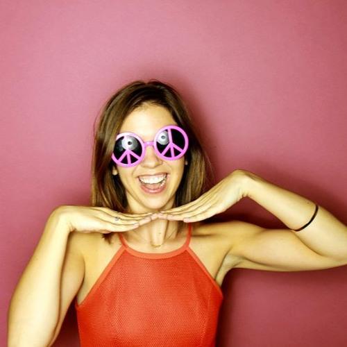 Julie Richter's avatar