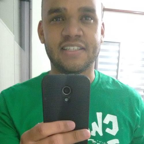 tiagosouza's avatar