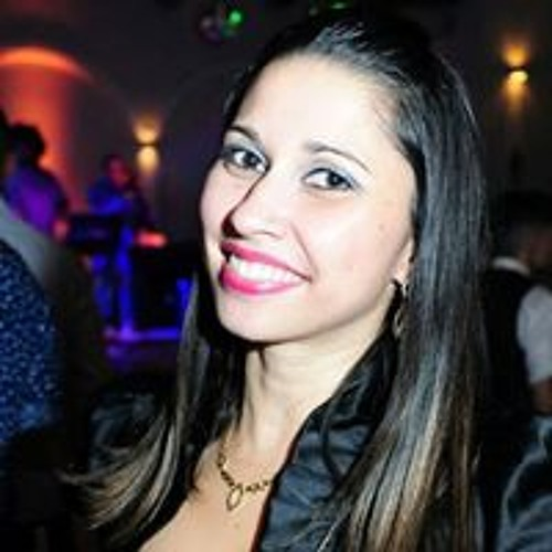 Juliana Costa's avatar