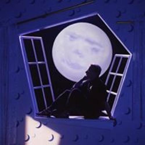 Robert Marlow's avatar