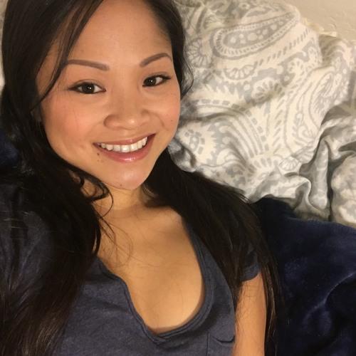 Lisa Win's avatar
