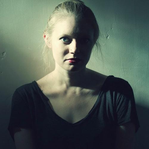 Erin Nelson's avatar